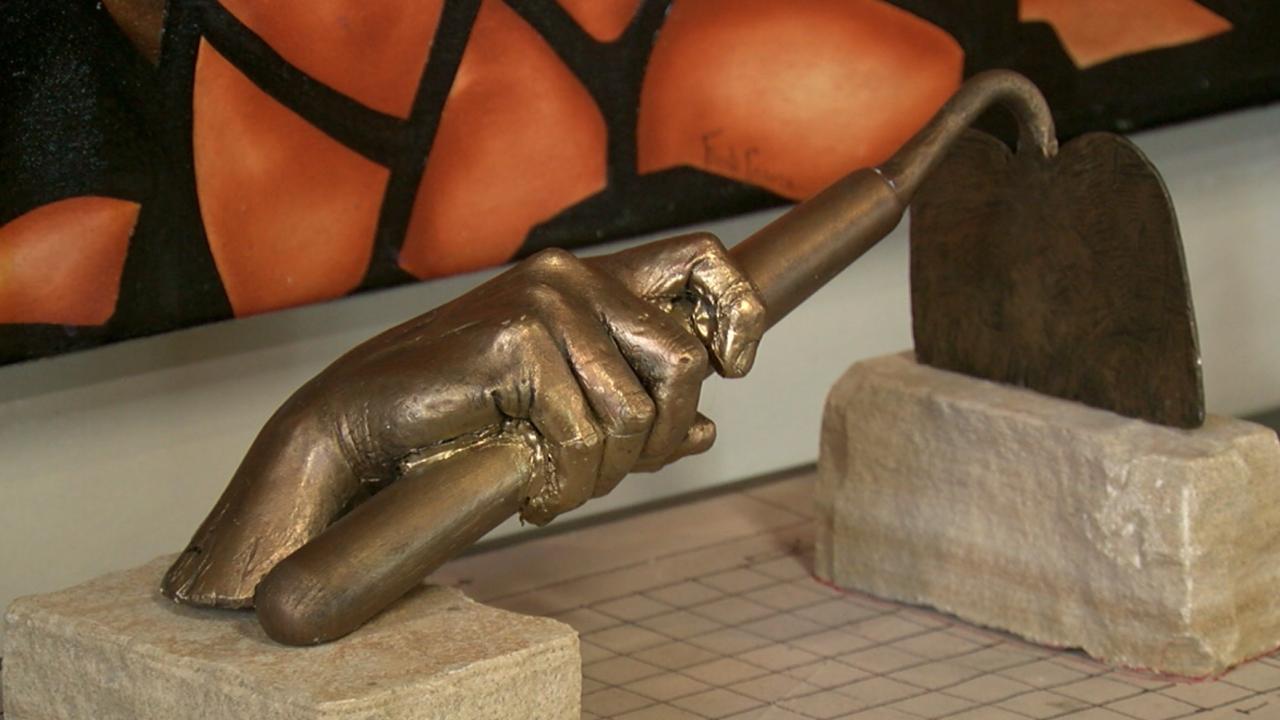 New sculpture for Sugar Beet Park