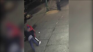 Video shows Bronx vendor being attacked.jpeg