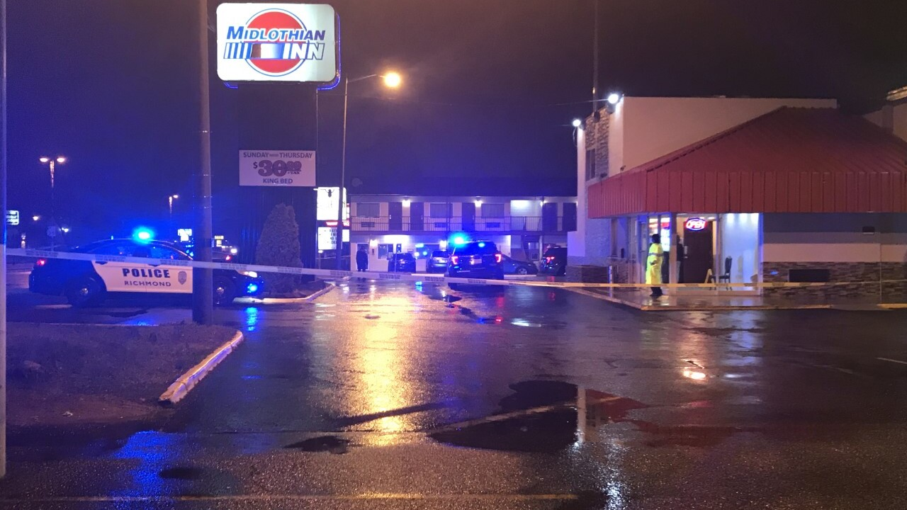 Man shot trying to stop robbery at Southside motel