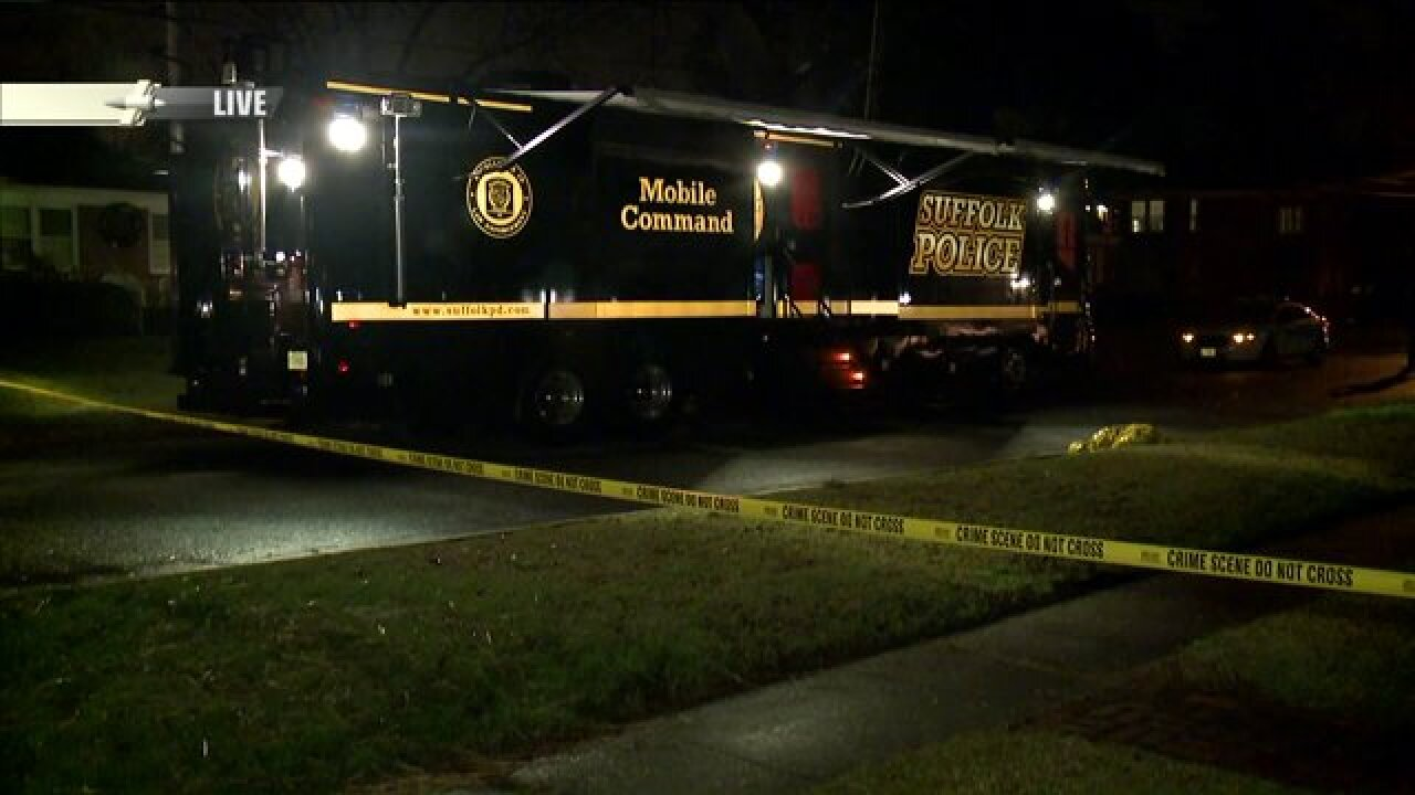 Man dies after being shot by SuffolkPolice